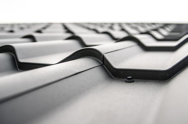 Nie tylko dachówka ceramiczna - wytrzymałe pokrycia dachowe