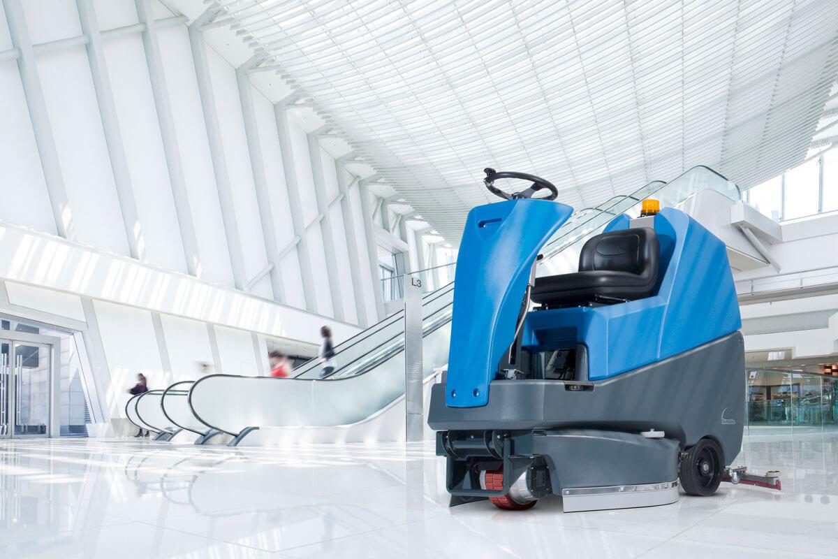 Jak wybrać najlepszą maszynę czyszczącą dla małej firmy?