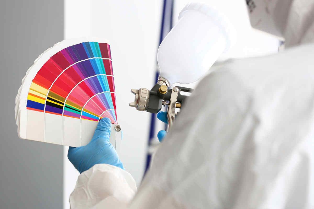 Malowanie natryskowe – jaką farbę wybrać