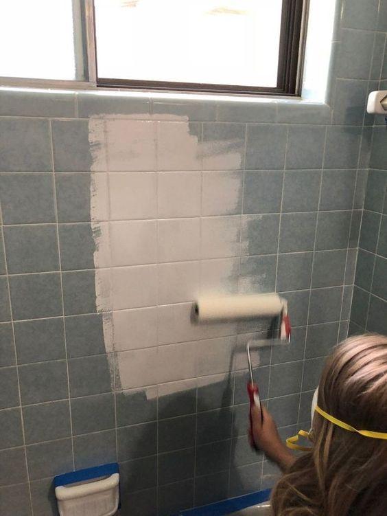 Remont wiosną. Jak zrobić niedrogą metamorfozę łazienki?