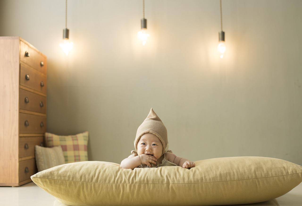 Oświetlenie do pokoju dziecka - jakie lampy wybrać?