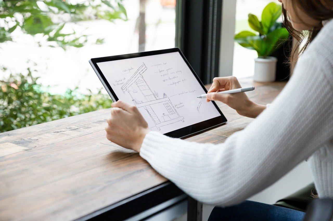 Budowa domu. Jak można oszczędzić, zatrudniając architekta?