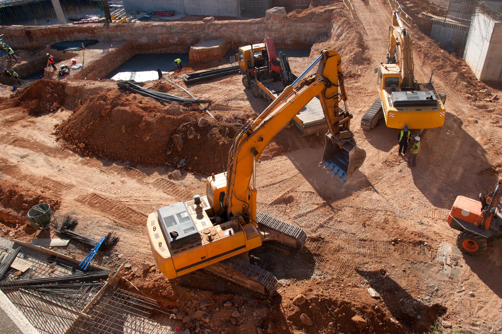 Gdzie warto kupić używane maszyny budowlane?