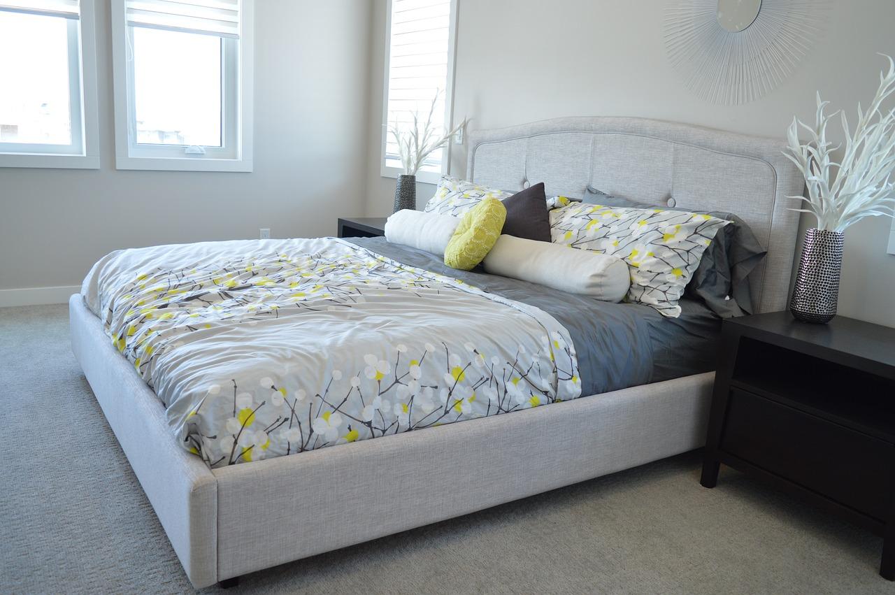 Jaki kolor łóżka do sypialni wybrać aby długo nie wymieniać mebli?